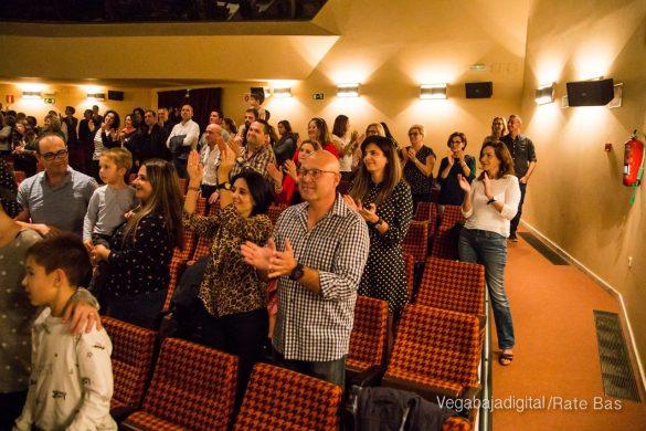 Éxito en la presentación del calendario solidario de AECC Orihuela 107
