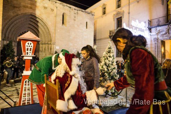 Papá Noel llena de ilusión a Orihuela 70