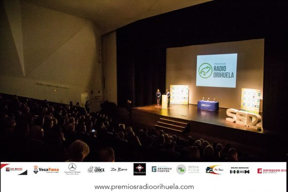 Emoción, diversión y magia en la II edición de los Premios Radio Orihuela 122
