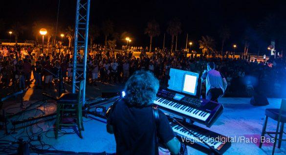 Éxito de Eterno Mecano en Orihuela Costa 61