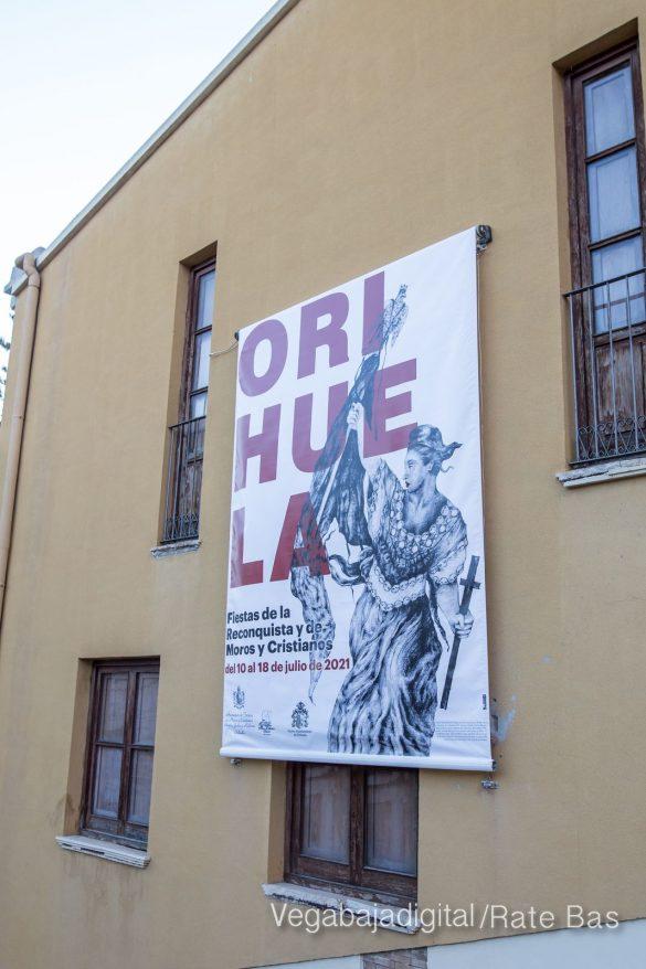 El cartel de Fiestas se inspira en La Libertad guiando al pueblo 15