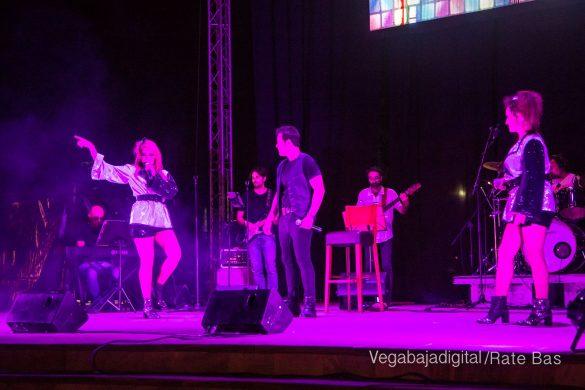 Éxito de Eterno Mecano en Orihuela Costa 14