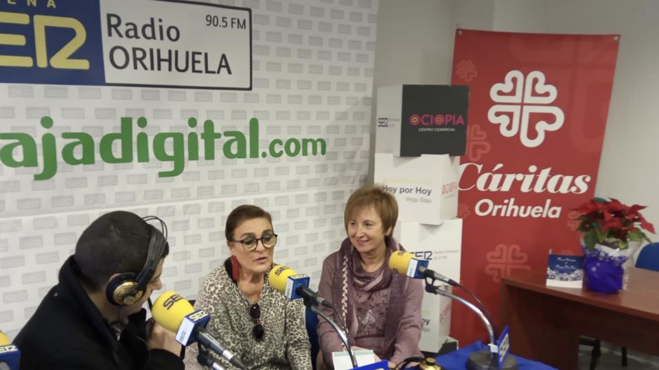 """Radio Orihuela visita la casa de los """"sin casa"""" 6"""