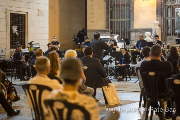 Un concierto a cargo de ACAMDO en honor a la Virgen de Monserrate 40