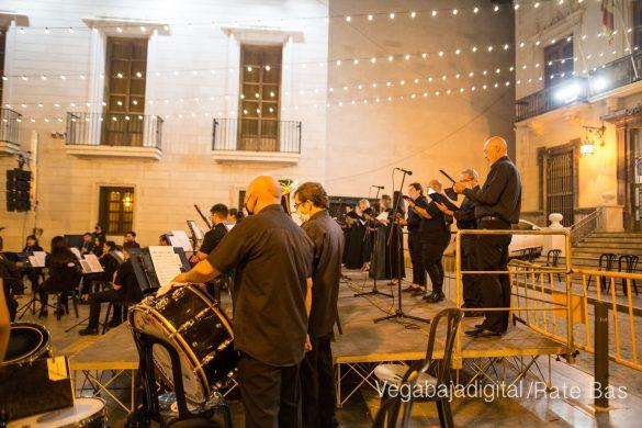 Un concierto a cargo de ACAMDO en honor a la Virgen de Monserrate 48
