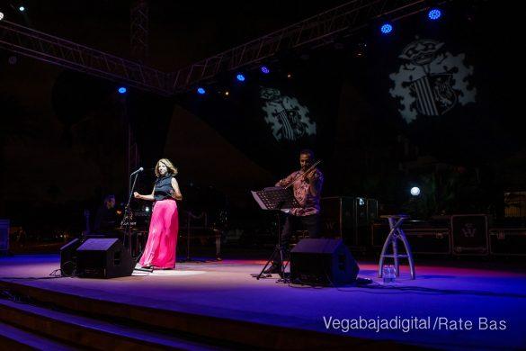 FOTOGALERÍA | Recorrido visual del concierto de Sole Giménez en Orihuela Costa 13
