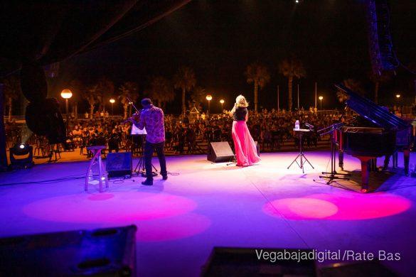 FOTOGALERÍA | Recorrido visual del concierto de Sole Giménez en Orihuela Costa 14