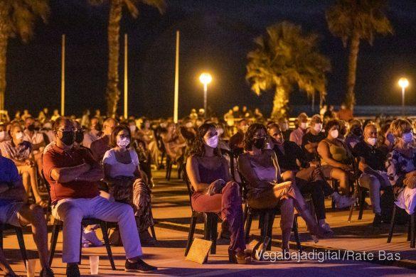 FOTOGALERÍA | Recorrido visual del concierto de Sole Giménez en Orihuela Costa 25