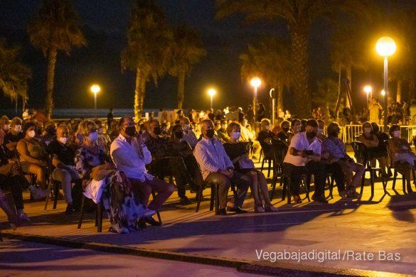 FOTOGALERÍA | Recorrido visual del concierto de Sole Giménez en Orihuela Costa 26
