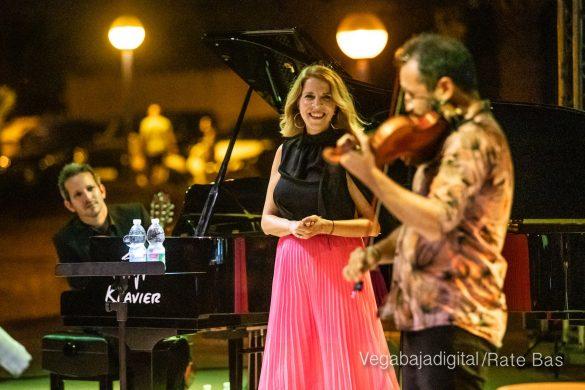 FOTOGALERÍA | Recorrido visual del concierto de Sole Giménez en Orihuela Costa 31