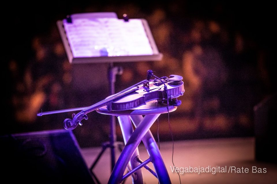 FOTOGALERÍA | Recorrido visual del concierto de Sole Giménez en Orihuela Costa 6