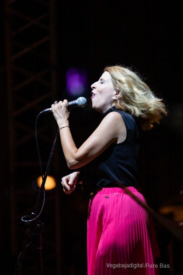 FOTOGALERÍA | Recorrido visual del concierto de Sole Giménez en Orihuela Costa 45