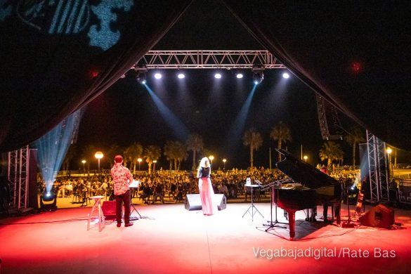 FOTOGALERÍA | Recorrido visual del concierto de Sole Giménez en Orihuela Costa 48