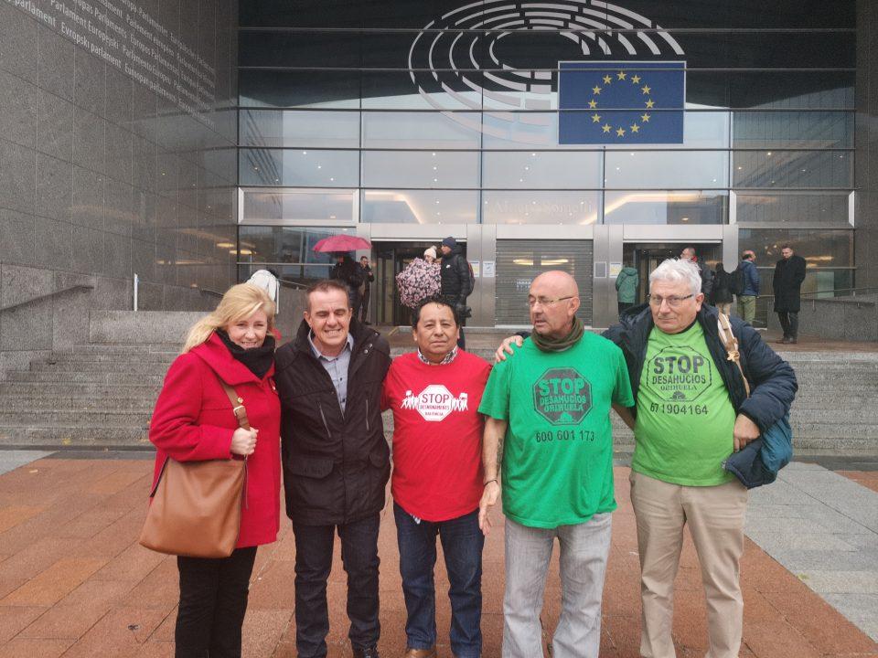 Los colectivos Anti Desahucios de la comarca visitan el Parlamento Europeo 6