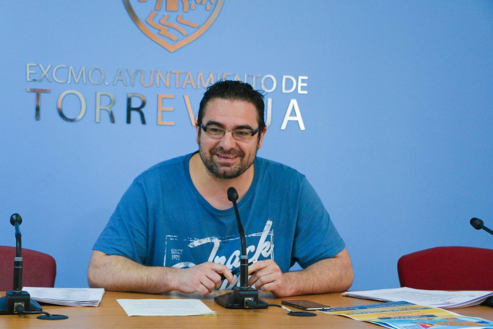Ferrández afirma haber estabilizado las áreas de juventud y deporte en Torrevieja 6