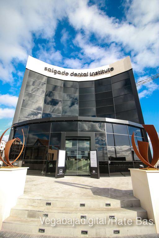 Salgado Dental Institute dibuja la sonrisa en Orihuela Costa 6