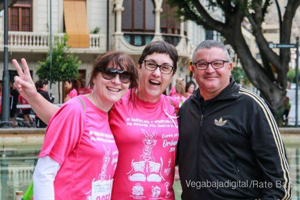 La solidaridad rosa gana la carrera contra el cáncer 9