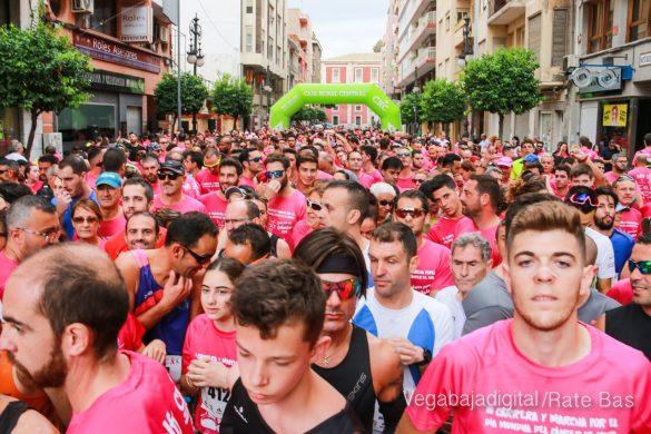 La solidaridad rosa gana la carrera contra el cáncer 13
