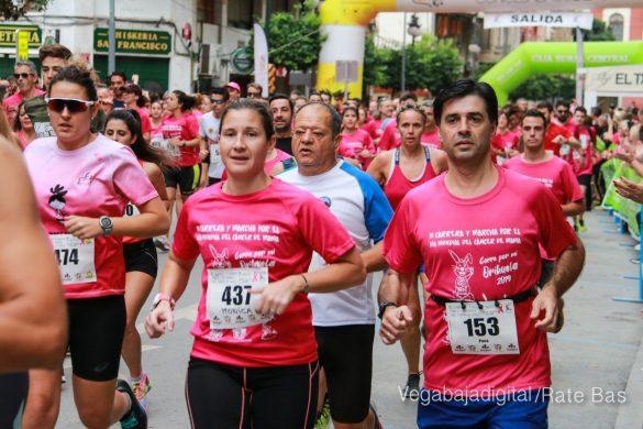 La solidaridad rosa gana la carrera contra el cáncer 21