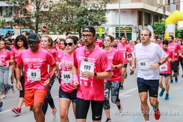 La solidaridad rosa gana la carrera contra el cáncer 23