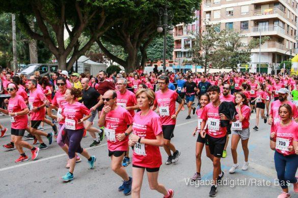 La solidaridad rosa gana la carrera contra el cáncer 24