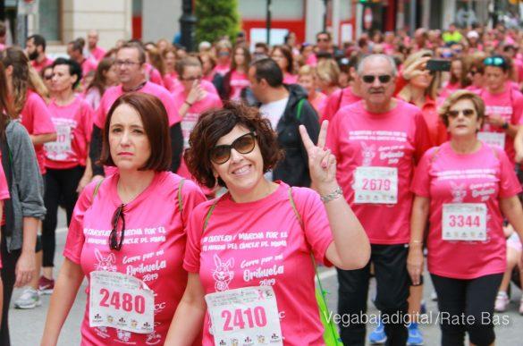 La solidaridad rosa gana la carrera contra el cáncer 37