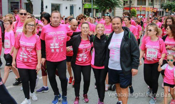La solidaridad rosa gana la carrera contra el cáncer 39
