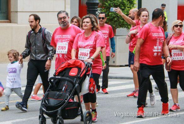 La solidaridad rosa gana la carrera contra el cáncer 42