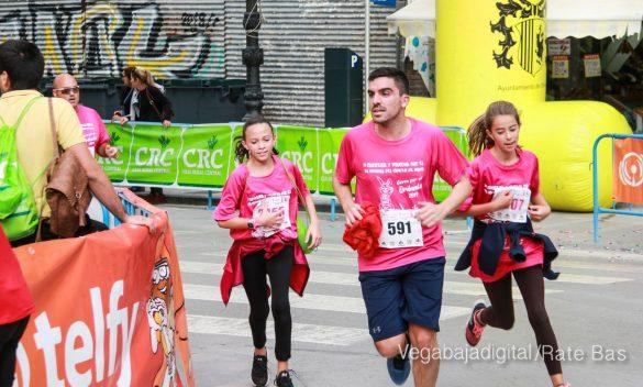 La solidaridad rosa gana la carrera contra el cáncer 54