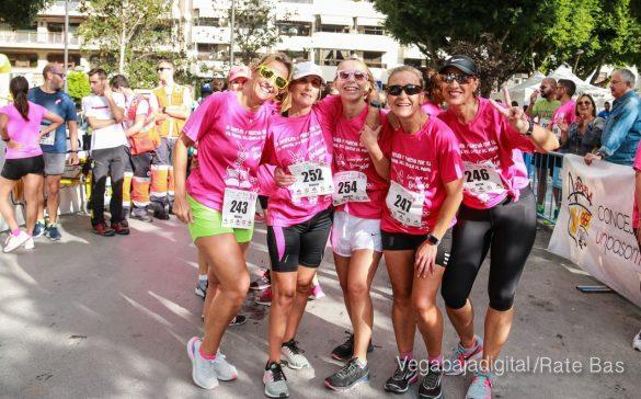 La solidaridad rosa gana la carrera contra el cáncer 60