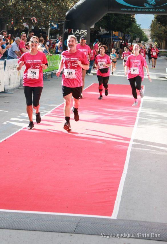 La solidaridad rosa gana la carrera contra el cáncer 64