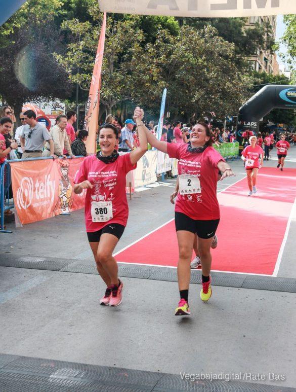 La solidaridad rosa gana la carrera contra el cáncer 65