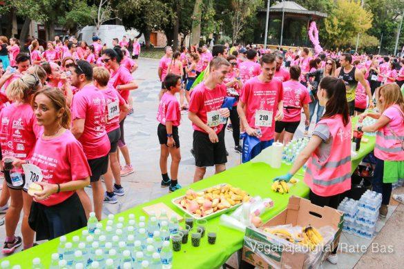 La solidaridad rosa gana la carrera contra el cáncer 71