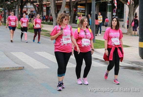 La solidaridad rosa gana la carrera contra el cáncer 73
