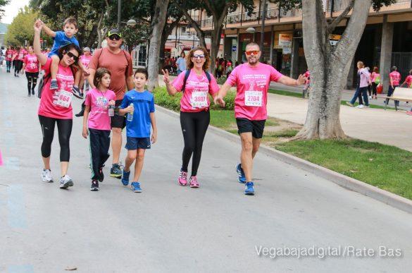 La solidaridad rosa gana la carrera contra el cáncer 77