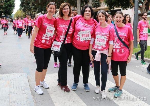 La solidaridad rosa gana la carrera contra el cáncer 80