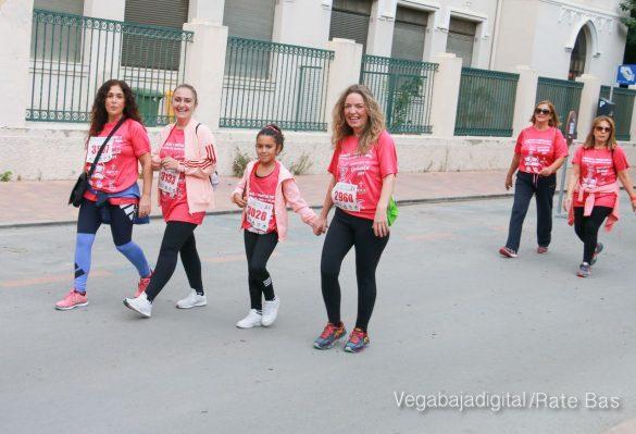 La solidaridad rosa gana la carrera contra el cáncer 87