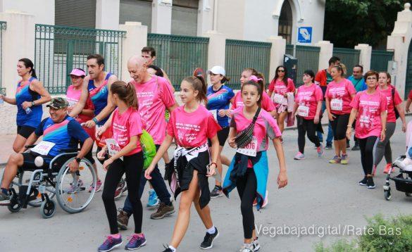 La solidaridad rosa gana la carrera contra el cáncer 89
