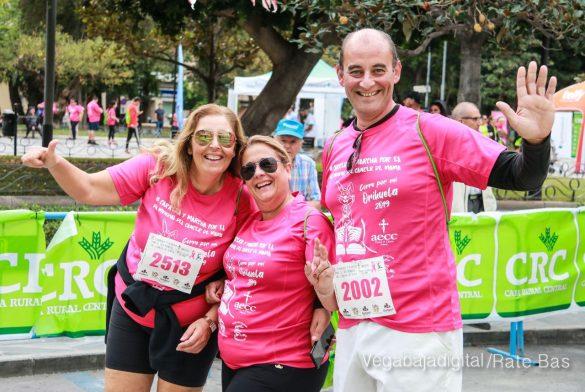La solidaridad rosa gana la carrera contra el cáncer 103