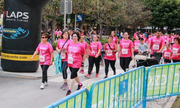 La solidaridad rosa gana la carrera contra el cáncer 106