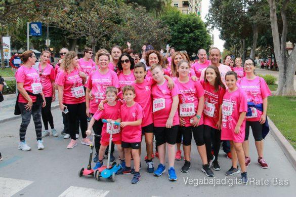 La solidaridad rosa gana la carrera contra el cáncer 121