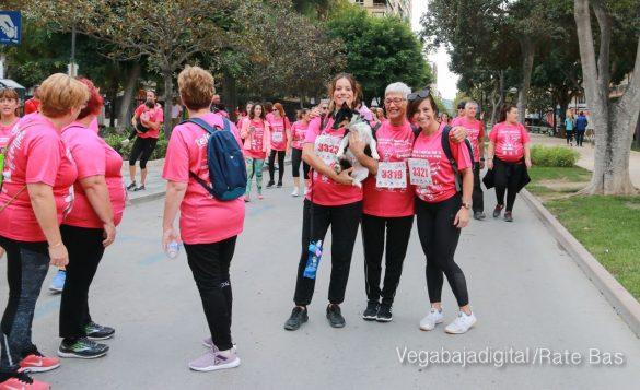 La solidaridad rosa gana la carrera contra el cáncer 124