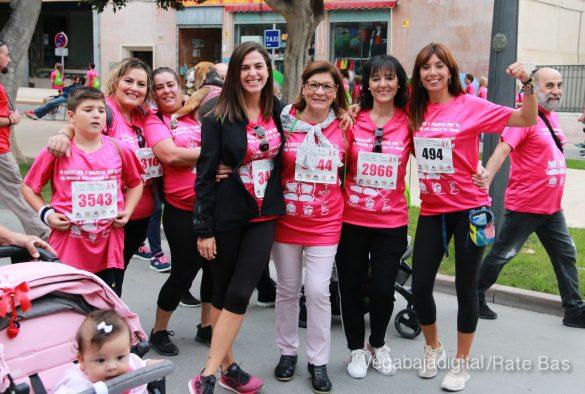 La solidaridad rosa gana la carrera contra el cáncer 127