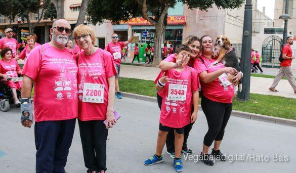 La solidaridad rosa gana la carrera contra el cáncer 128