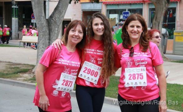 La solidaridad rosa gana la carrera contra el cáncer 130