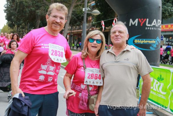 La solidaridad rosa gana la carrera contra el cáncer 135