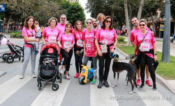 La solidaridad rosa gana la carrera contra el cáncer 138