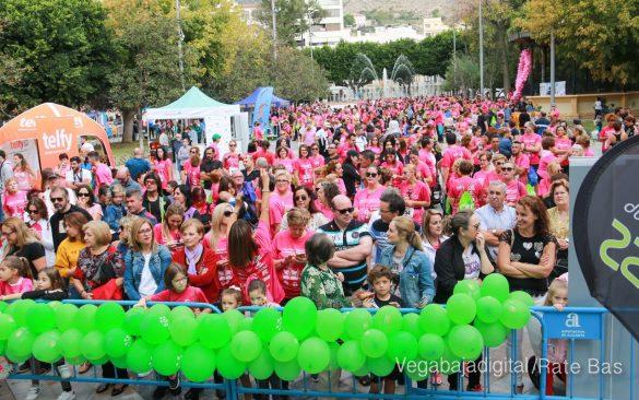 La solidaridad rosa gana la carrera contra el cáncer 146