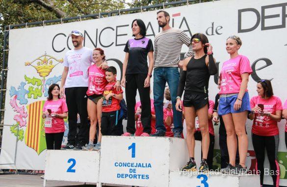 La solidaridad rosa gana la carrera contra el cáncer 154