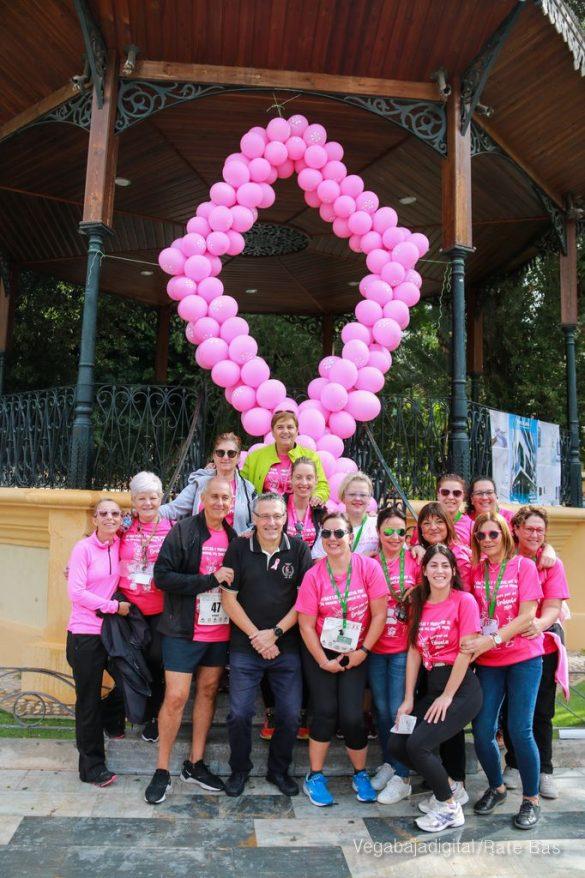 La solidaridad rosa gana la carrera contra el cáncer 164